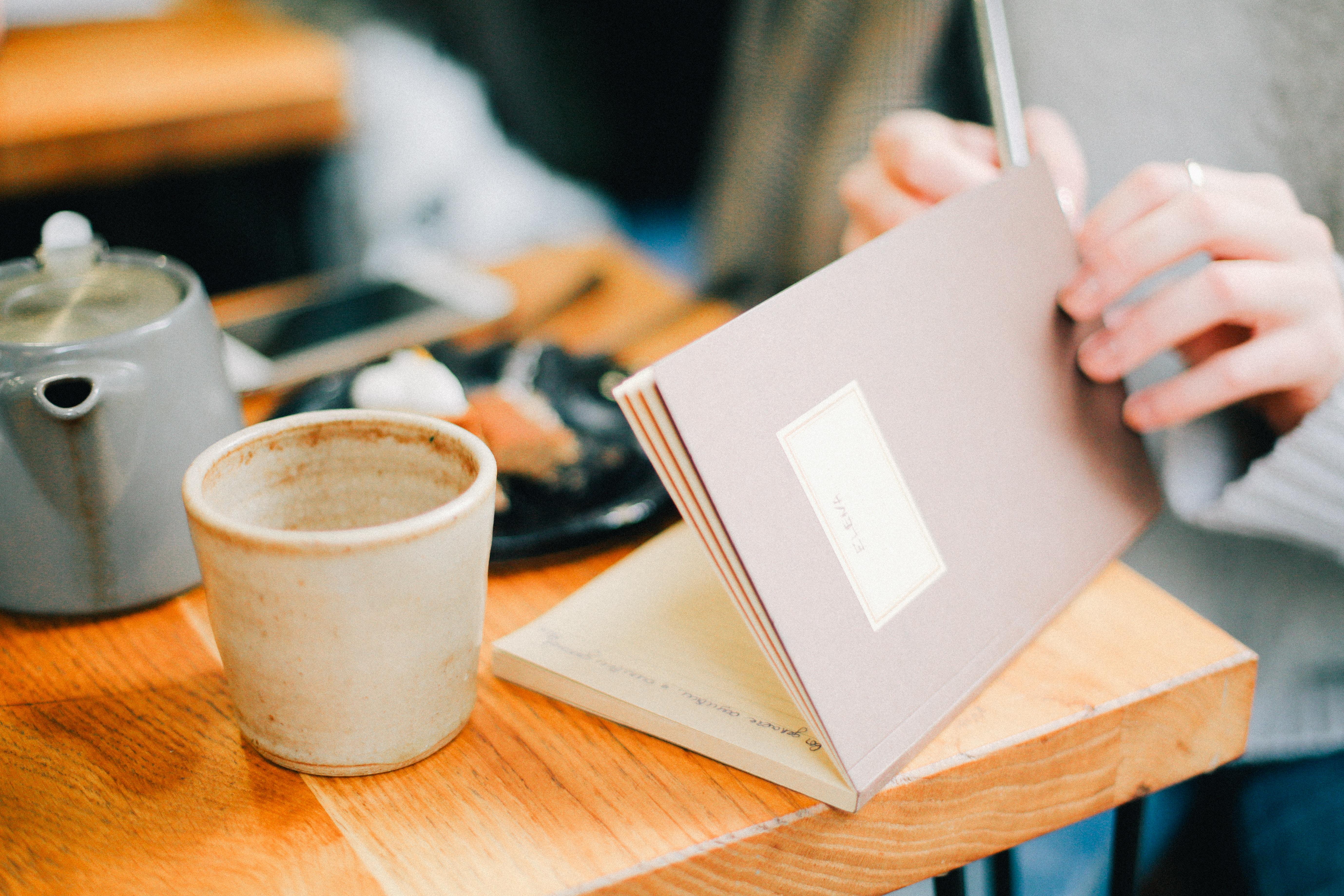 Crie o hábito de anotar as ideias que surgem nos momentos de ócio criativo!